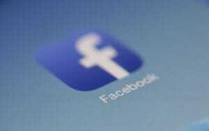 Facebook controla tus movimientos