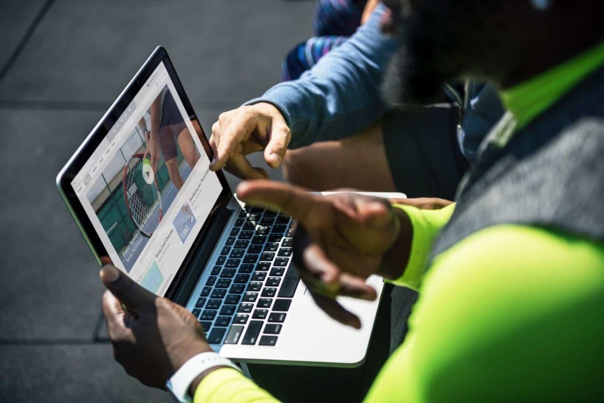 4 formas en las que los vídeos compartidos en las RRSS ayudan a tu negocio